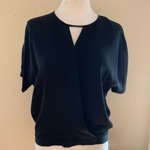 Theory silk top size M